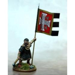 Welsh Warbanner & Bearer