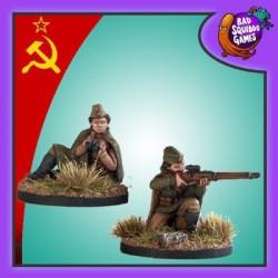 Sniper & Spotter (Sitting)
